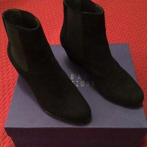 Stuart Weitzman Boots. Sz 8M. Black Suede. New